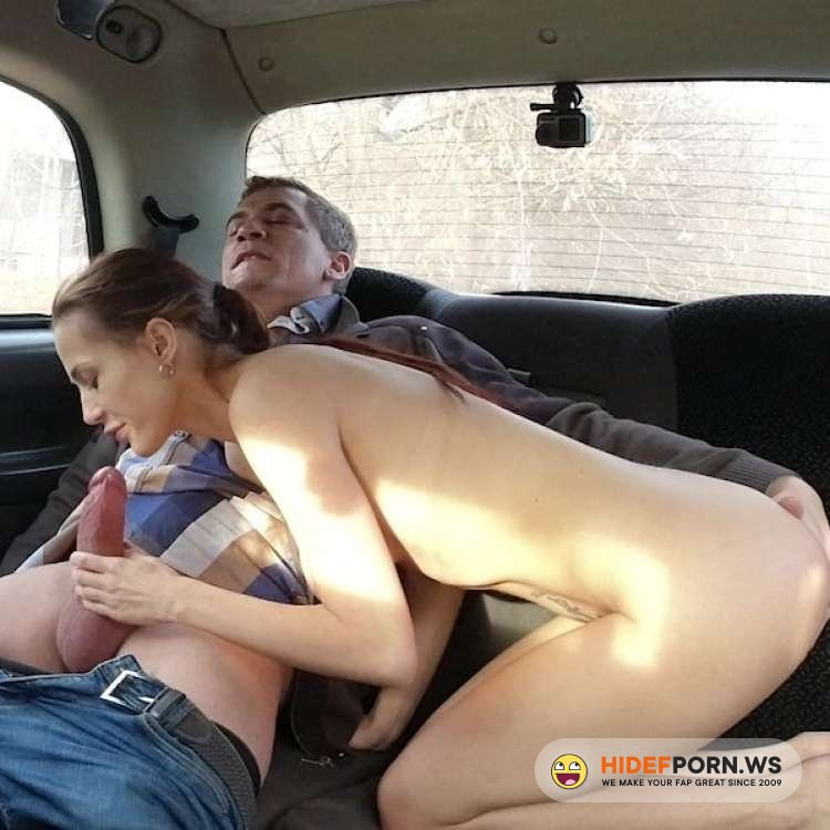 SexInTaxi - Nicole Love, Steve Q - Sexy Flexible Brunette Spread Her Legs [2021/FullHD]
