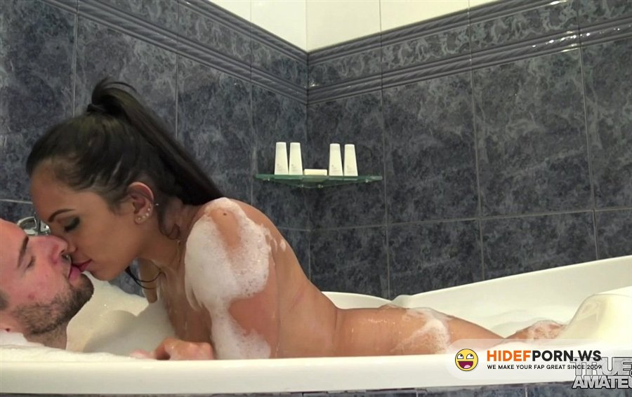 TrueAmateurs - Katrina Moreno - Katrina Moreno Banging In The Bathtub [2020/FullHD]