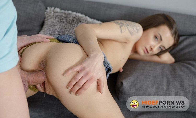 Beauty4K.com/TeenMegaWorld.net - Sunny X - Hot Casting Goes To Sex [HD 720p]