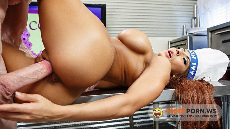 RealWifeStories.com/Brazzers.com - Madison Ivy - Madison Ivy Likes Her Meat [HD 720p]