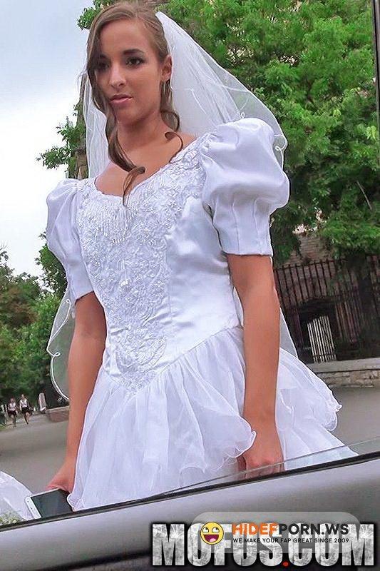 StrandedTeens.com/Mofos.com - Amirah Adara - Rejected Bride Bangs Stranger [FullHD 1080p]
