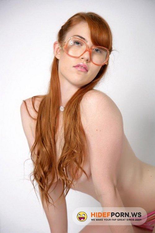 TeenFidelity.com - Gwen Stark - Nerd Girls Part 5 [SD 360p]
