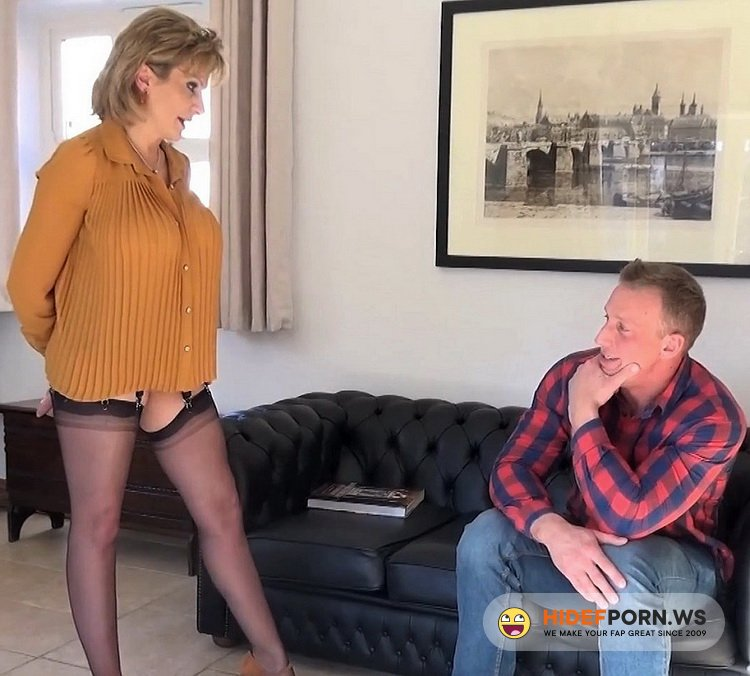Lady-Sonia.com - Lady Sonia - Blackmailed Housewife Fucked Bareback [FullHD 1080p]