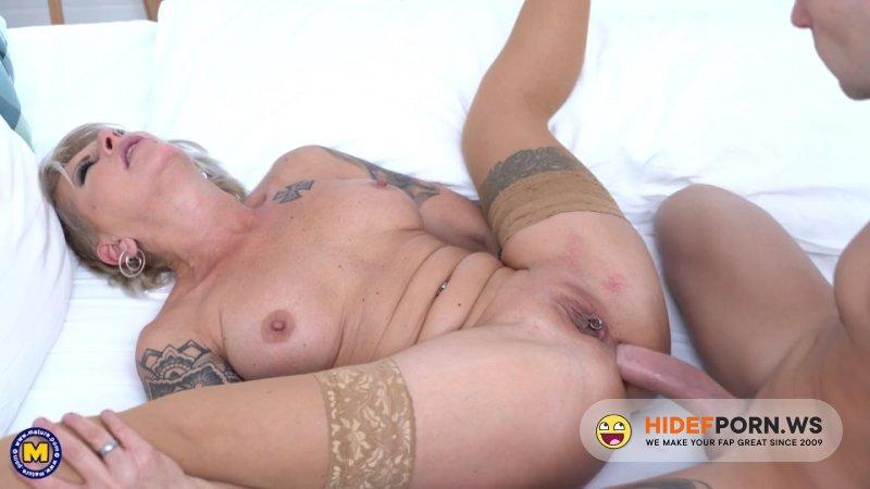 MatureNL - Klarisa (45) - Hot MILF Klarisa Is Ready And Longing For Her Anal Creampie [SD 540p]