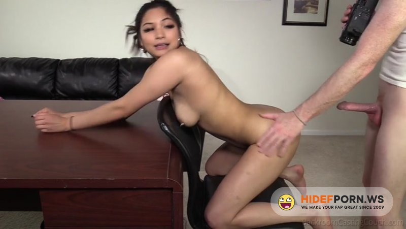 BackroomCastingCouch - Roxy - 18 year old [SD 480p]