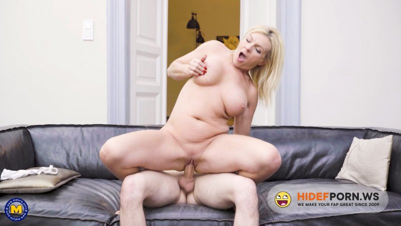 Mature.nl - Krista E. (48) - Helping out his MILF neighbor is something he loves to do [FullHD 1080p]