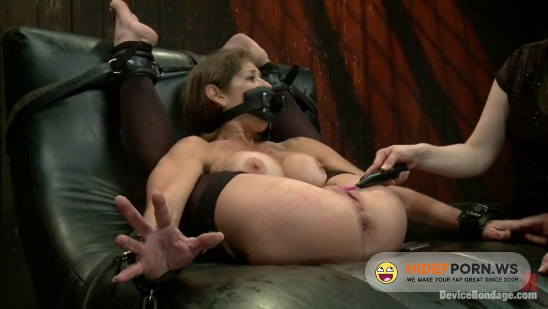 DeviceBondage - Mz Berlin, Felony, Bella Rossi - Extreme immobilization! Felony is at the mercy of two fierce Doms [SD 540p]