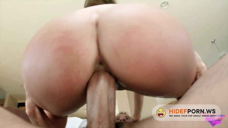 YourMomDoesPorn - Madelyn Marie - Thirsty For A Threesome [SD 480p]
