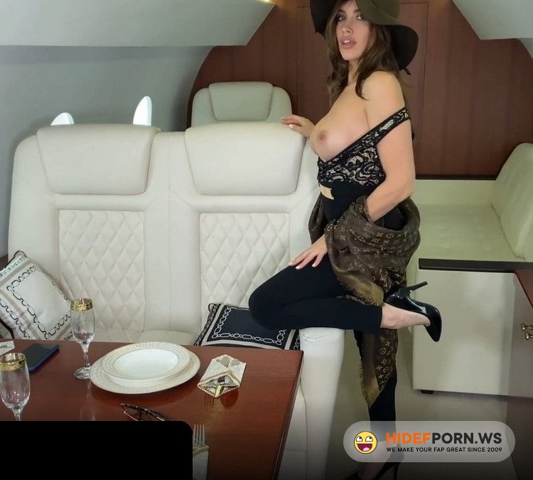Amateurporn.сс - LuxuryGirl - Sex In Private Plane [FullHD 1080p]