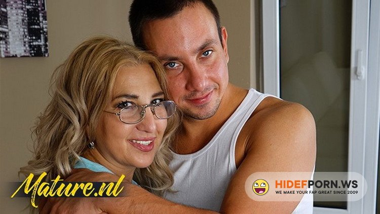 MilfCurves.com - UnknowN - Curvy MILF In Nerdy Glasses Lets Neighbor Fuck Her Hairy Pussy [FullHD 1080p]