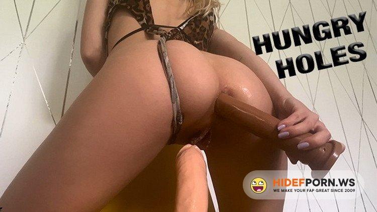 Porn.com - Lara Juicy - HORNY BABE NEEDS two DICKS IN HER TIGHT HOLES [FullHD 1080p]