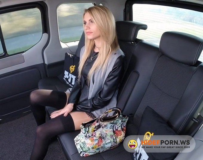 Amateurporn.cc - Karina Grand - Fuck In Taxi [HD 720p]