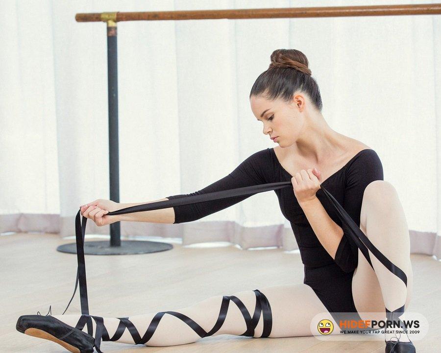 AnalAngels.com - Jenna Ross - Flexible Ballerina Anal Fuck [HD 720p]