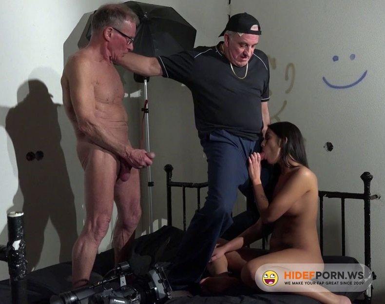 BeautyAndTheSenior.com - Loren - Fuck With Old Man [HD 720p]