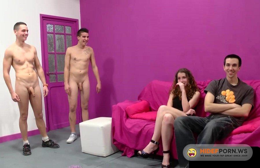 Amateurporn.com - Laura - Couple On Porn Casting [HD 720p]