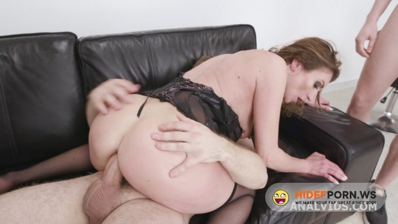 LegalPorno - Julia North - Monsters of TAP goes Wet, Julia North 5on1 GIO1818 [HD 720p]