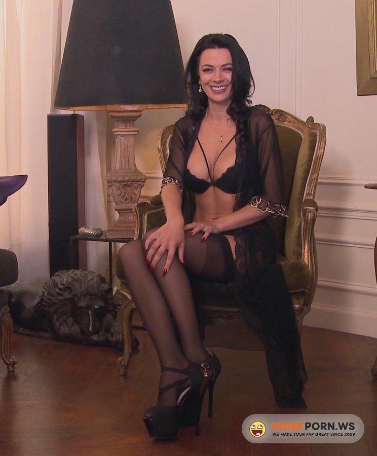 Private.com - Shalina Devine - Sex With Beautiful France Milf [FullHD 1080p]