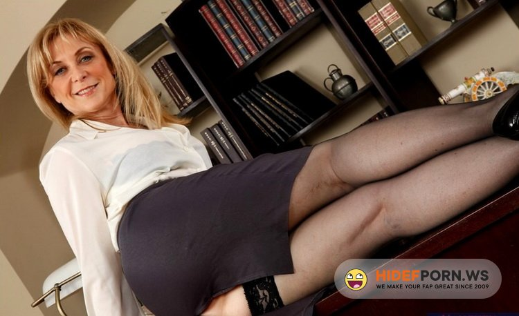 MyFirstSexTeacher.com/NaughtyAmerica.com - Nina Hartley - Nina [FullHD 1080p]