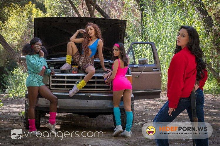 VRBangers.com - Ana Foxxx, Emily Willis, Vanna Bardot, Whitney Wright - STOLEN: The American Whore Story 1984 [UltraHD 2K 1440p]