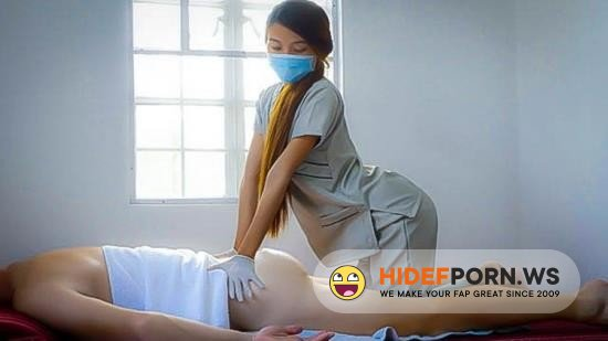 Amateurporn.сс - CombMe - Young massage therapist offers extra services [FullHD 1080p]