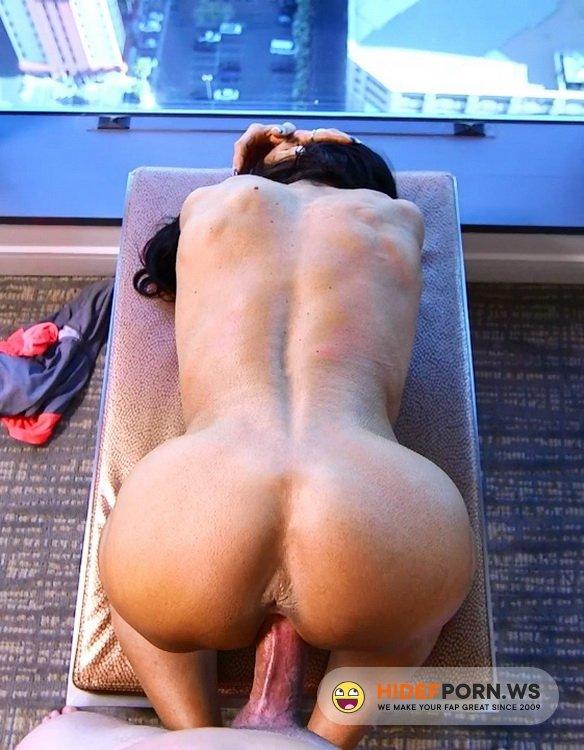 MomPov.com - Ericca - Bodybuilder GILF loves ass fucking [HD 720p]