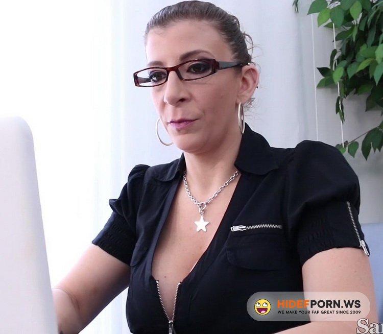 SaraJay.com - Sara Jay, Nina Kayy - Dru Gets His Citizenship Fucking [FullHD 1080p]