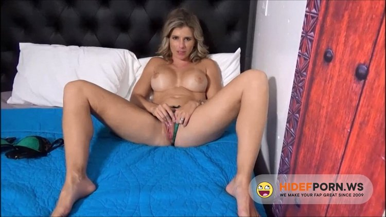 Family Therapy/clips4sale.com - Cory Chase - Mom Knows You're Watching [HD 720p]