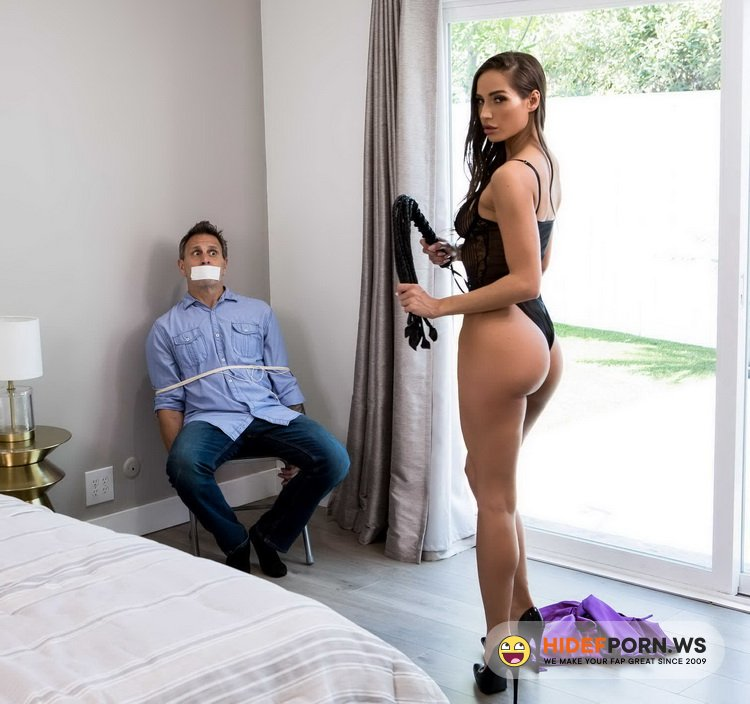Brazzers Exxtra.com/Brazzers.com - Desiree Dulce - I Thought I Was The Criminal [FullHD 1080p]