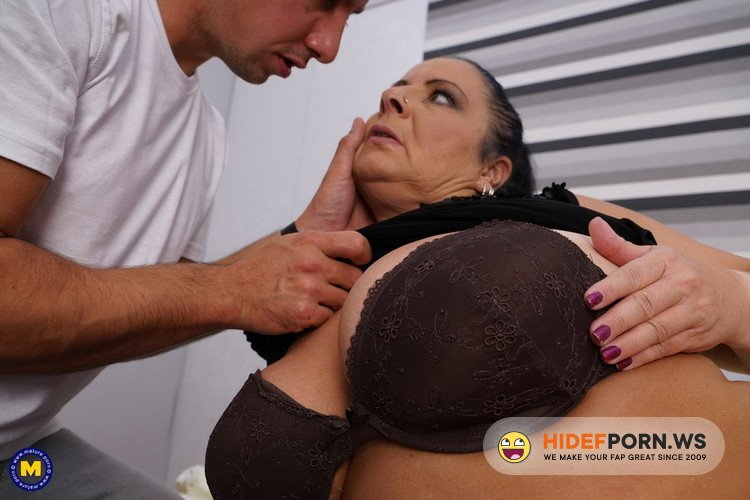 Mature.nl/Mature.eu - Abby Tits (EU) (52) - German chubby mature housewife Abby Tits fucking [FullHD 1080p]