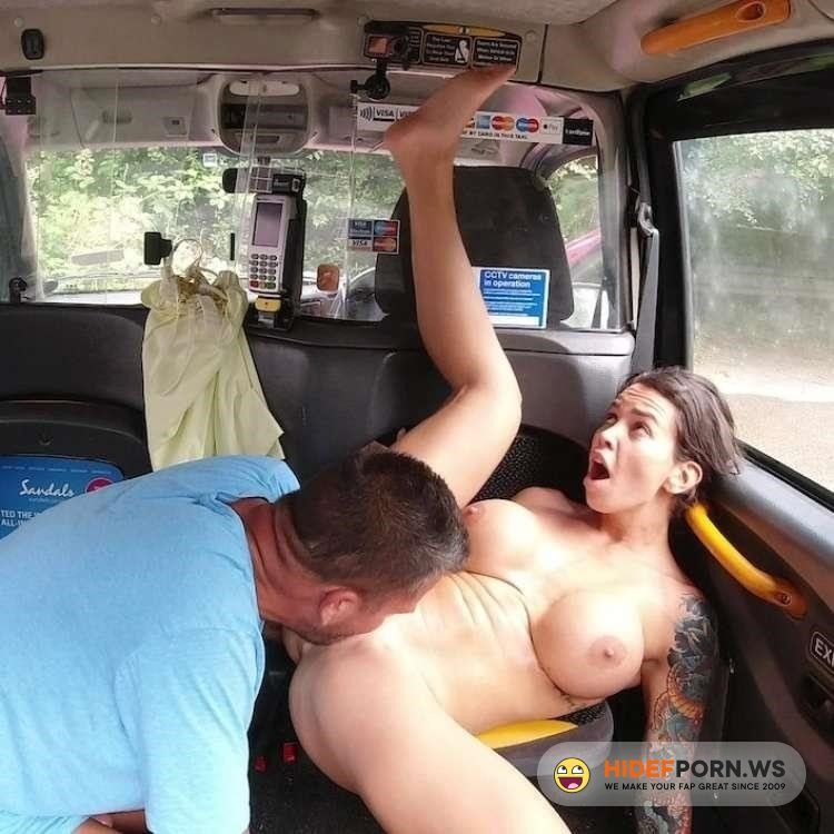 SexInTaxi - Chloe Lamour, Mr XY - She Wants To Repeat The Hot Ride [2021/FullHD]
