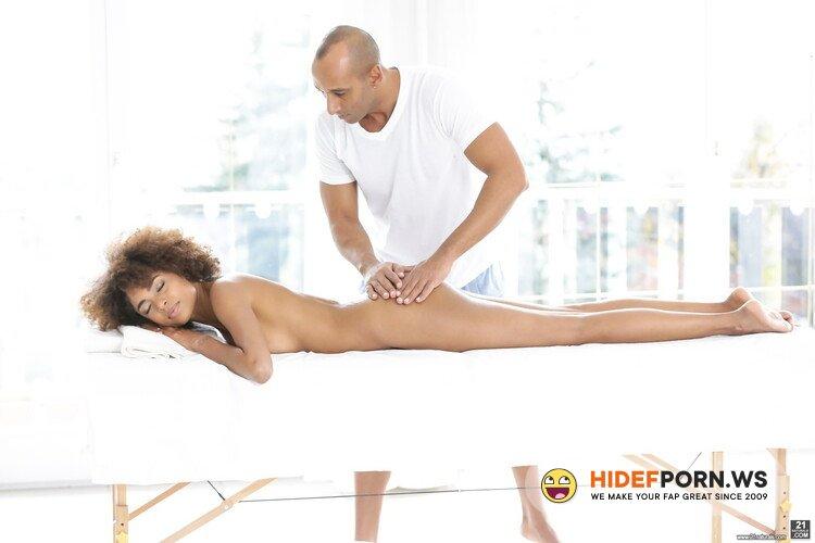21Naturals.com/21Sextury.com - Luna Corazon - Silky Sex Massage [FullHD 1080p]