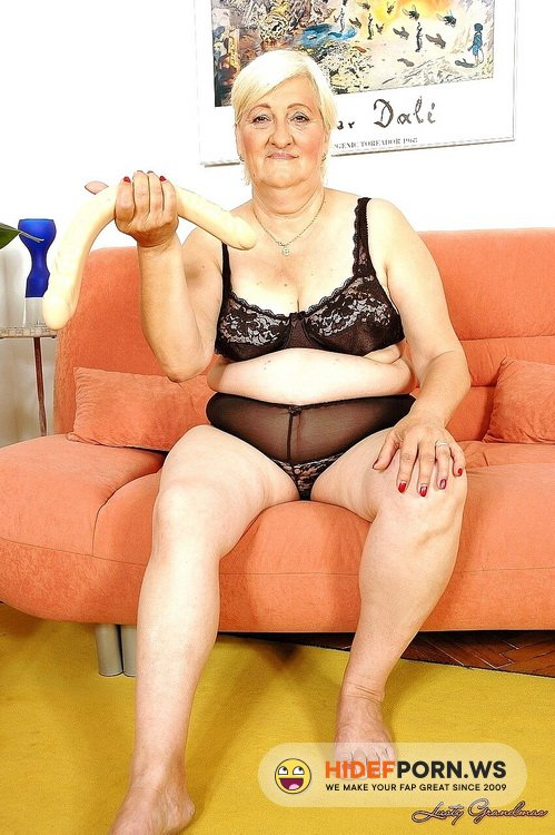 LustyGrandmas/21Sextreme/21Sextury - Cecilia - Old but horny [SD 540p]