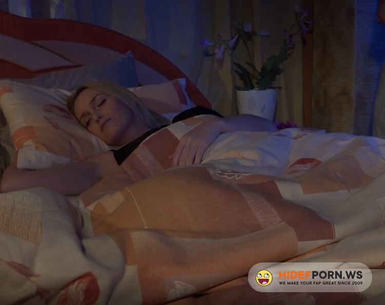 KathiaNobiliGirls/Clips4Sale.com - Kathia Nob. - Surprise mommy at the night with your hard cock! [FullHD 1080p]