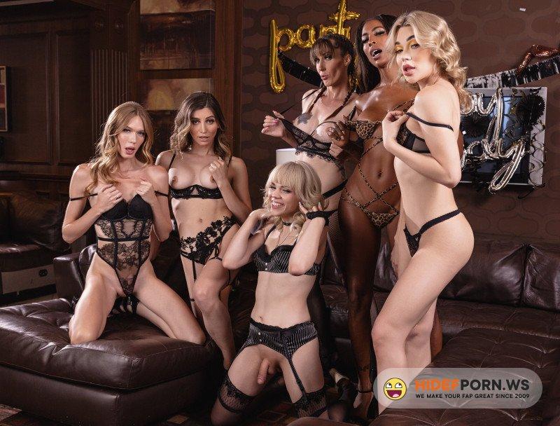 Onlyfans - Korra Del Rio, Emma Rose, Kate Zoha, Natassia Dreams, Melanie Brooks, Crystal Thayer - Orgy [FullHD 1080p]