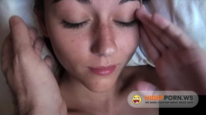 Amateurporn.cc - Iwia - Wake Up And Fuck [HD 720p]