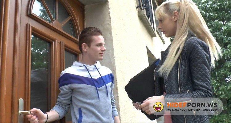 LaFRANCEaPoil.com - Kimber Delice - Sodomie intense pour Kimber, blonde torride et tres gourmande! [HD 720p]
