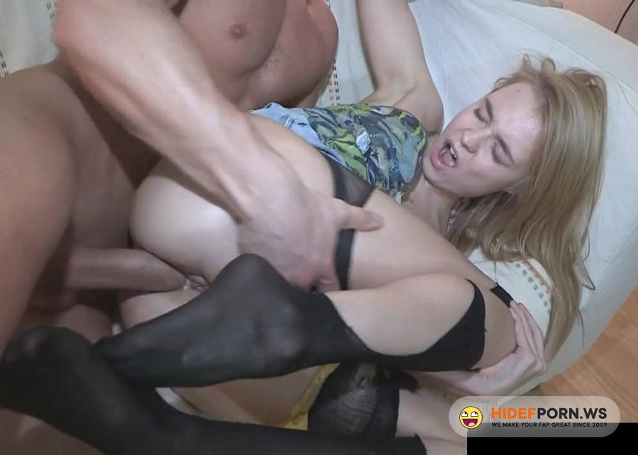 Amateurporn.cc - Ira - Assfucked For A Pizza [FullHD 1080p]