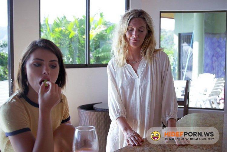 Clip4Sale - Adriana Chechik, Mona Wales, Tyler Nixon - The Seychelles pt. 4 [FullHD 1080p]